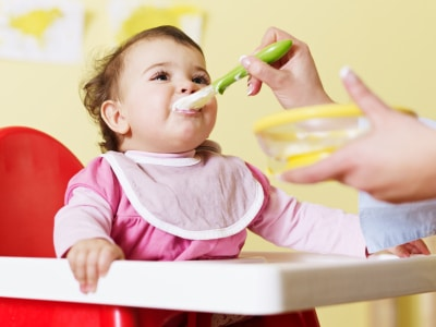 karmienia dziecka