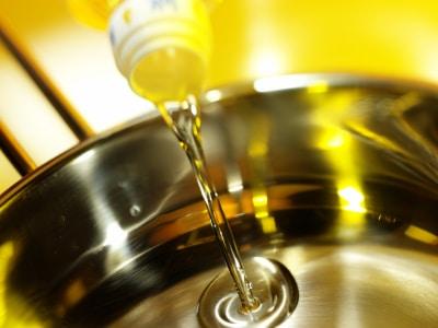 lejący się olej rzepakowy